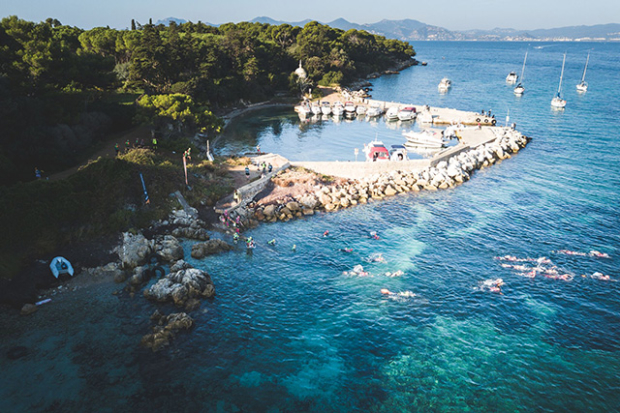 You surely can Swimrun in Cannes