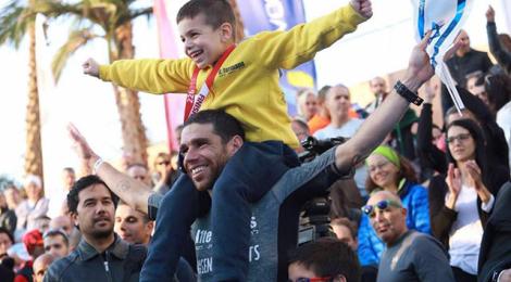 Israeli triathlon pioneer shares glory with his twin