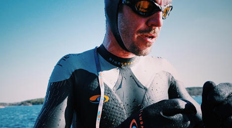 In icy waters with the blueseventy Thermal Helix